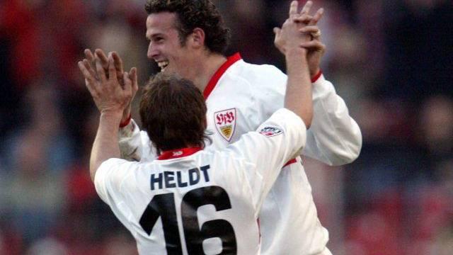 Horst Heldt und Marco Streller spielten zusammen in Stuttgart. Foto: Imago
