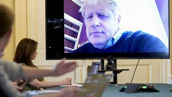 Foto veröffentlicht: Der britische Premierminister Boris Johnson schaltete sich per Video in eine Kabinettssitzung zu. (Archivbild)