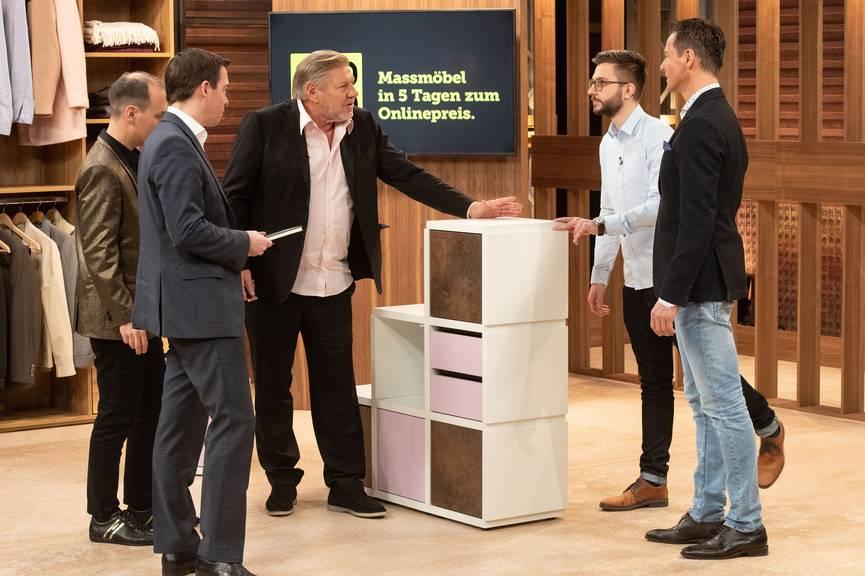 Die neue Plattform Ecoleo der Gründer Markus Fust (54) und Serge Eggler (26) gehört der Schreinerei Fust AG an. (Bild: pd)