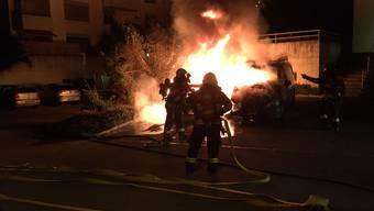 Fahrzeugbrand in der Bachhaldenstrasse in Zufikon