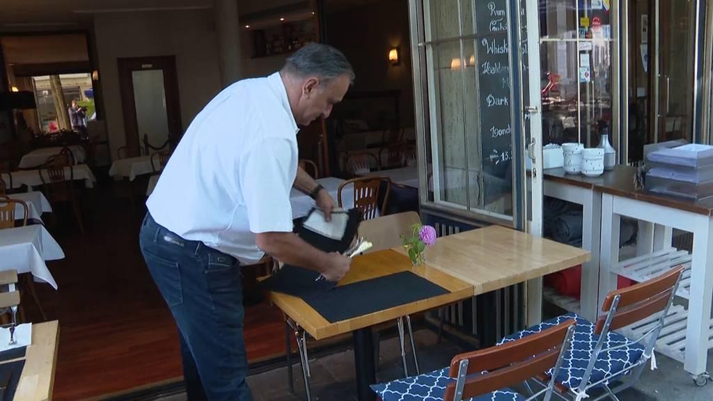 Ausweitung des Covid-Zertifikats: Angst bei Restaurantbesitzern und erste Kontrollen in Gyms
