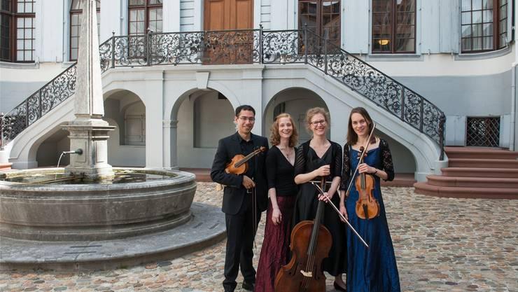 Im Blauen Haus: «Der musikalische Garten» mit (v.l.) German Echeverri Chamorro, Daniela Niedhammer, Annekatrin Beller und Karoline Echeverri Klemm . Susanna . Drescher