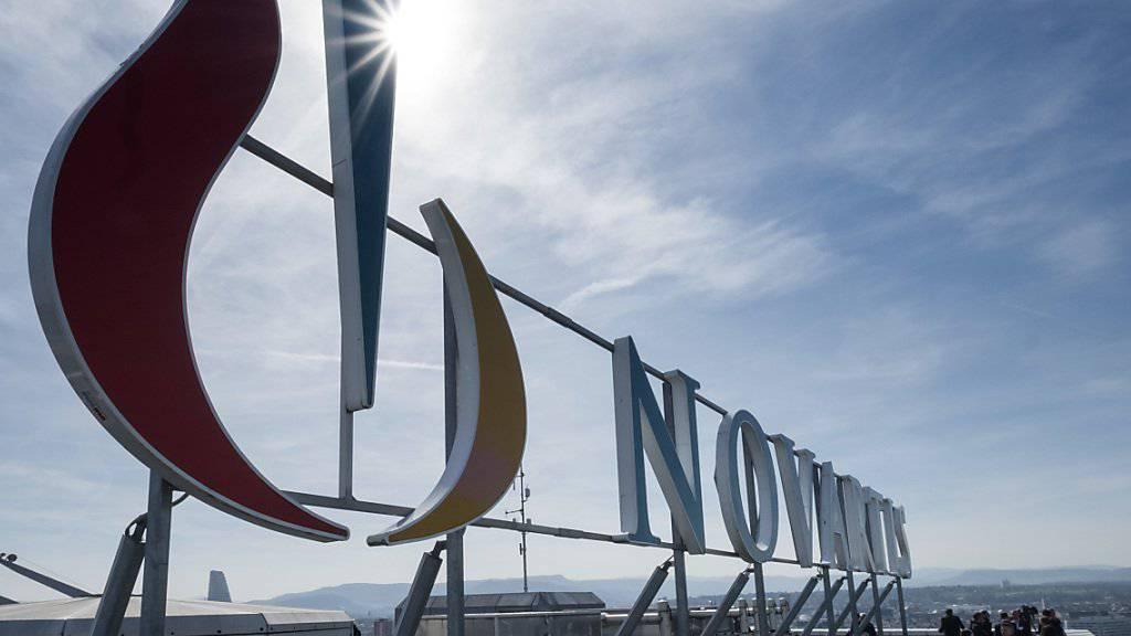 Neues Produktionswerk mit bis zu 450 neuen Arbeitsplätzen in Stein (AG): Nach der EU-Zulassung eines neuen Krebsmedikaments baut Novartis in der Schweiz und in Frankreich die Produktionskapazitäten aus. (Archiv)