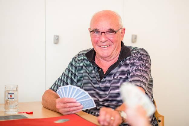 «Beim Jassen gibt es keine Tricks. Man braucht einfach eine gesunde Nase: Wer hat welche Karten? Wie geht es wohl weiter? Das ist das Spannende.»