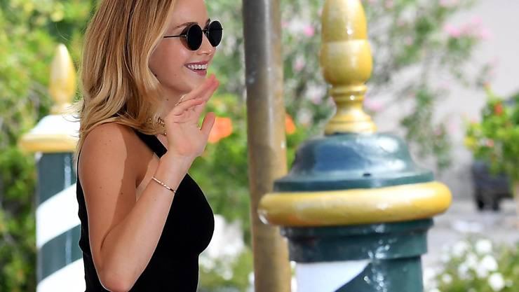 """Bei ihrer Ankunft am Dienstag am Lido in Venedig war Jennifer Lawrence noch vergnügt. Da wusste sie noch nicht, dass ihr Film """"Mother!"""" ausgebuht werden würde."""