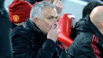 Ein Bild mit Symbolcharakter: José Mourinho ist fassungslos
