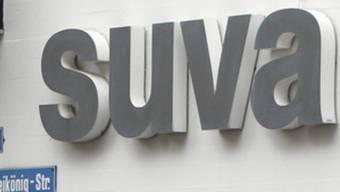 Die Suva muss die Prozesskosten tragen sowie den Fall erneut untersuchen.  (Archiv)