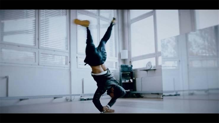 Im Kurzfilm «Road to Recovery»: Coskun Erdogan aka B-Boy Tuff Kid tanzt wieder.