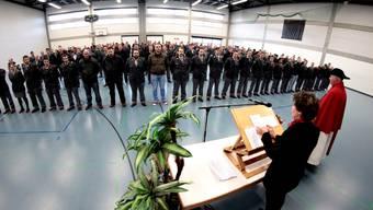 190 Militärpflichtige werden in Zuchwil aus dem Dienst entlassen