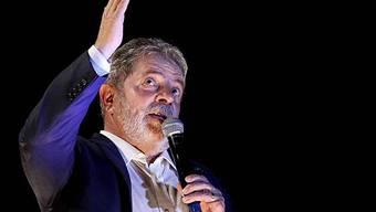Lula da Silva verweigert Auslieferung eines Extremisten nach Italien