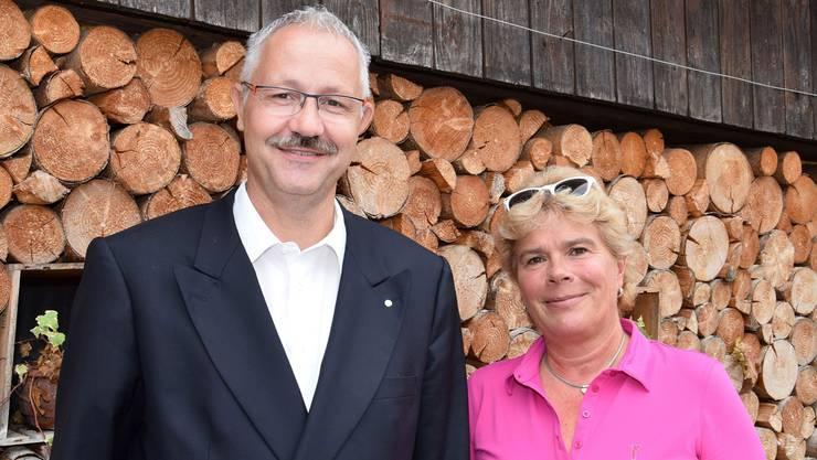 Roger-René Müller und Doris Iten gehören dem überparteilichen Komitee «Nein zur Sportstätte Birr» an.
