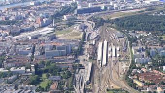 Tausende Tonnen Gefahrengüter rollen durch den Badischen Bahnhof. Die Menge soll um bis zu 60 Prozent steigen.
