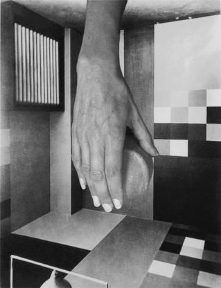 Dada heute: Sadie Murdoch kombiniert Bildfindungen von Taeuber-Arp und ihren Körper. Roberto Polo Gallery