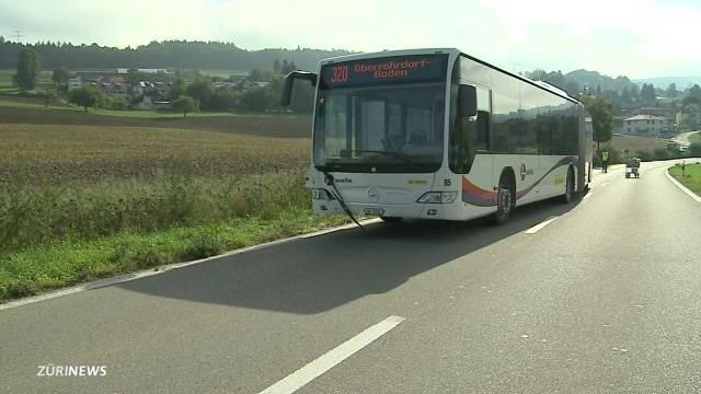 Fussgängerin stirbt bei Kollision mit Bus