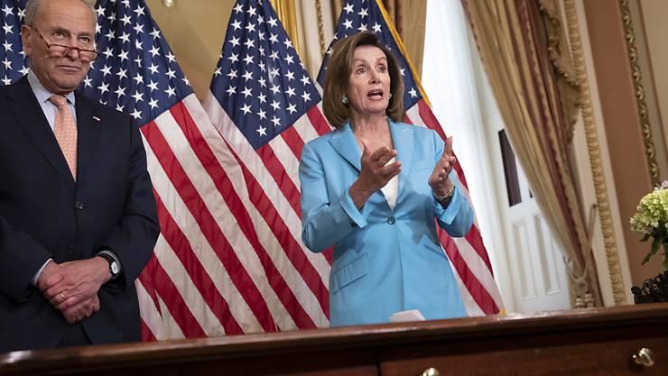 Will die US-Senatoren aus den Ferien zurückholen: Nancy Pelosi, die demokratische Vorsitzende des Repräsentantenhauses.