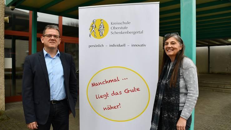 Haben sich bereits vor der Fusionsabstimmung für die Kreisschule Oberstufe Schenkenbergertal engagiert: Ulrich Salm (Präsident Kreisschulvorstand und Gemeindeammann in Veltheim) sowie Schulleiterin Christa Jäggi.