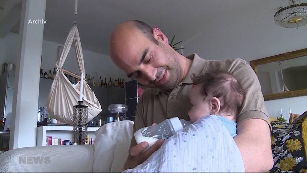 Volk soll über Vaterschaftsurlaub entscheiden