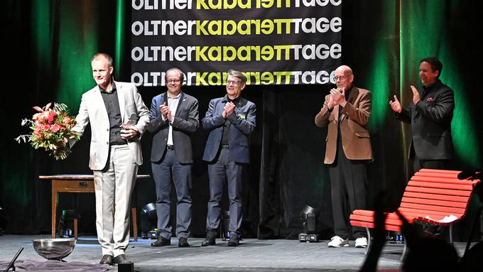 Programm und Preisverleihung 32. Oltner Kabarett-Tage an Max Uthoff