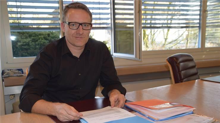 Arsène Perroud, Präsident des KESD im Bezirk Bremgarten.