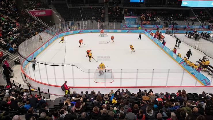 Eishockey mit drei gegen drei Feldspielern und gemischten Länderteams steht erstmals auf dem Programm der Jugendspiele.