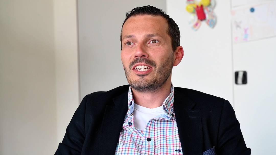 Andrea Bova: Ein parteiloser Treuhänder will in Wettingen sparen