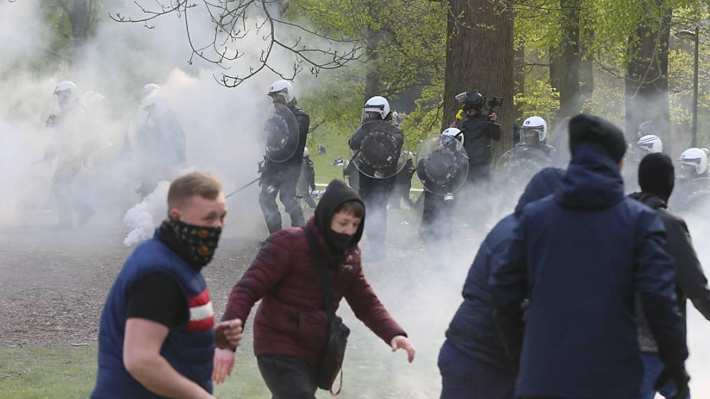 Massentreffen in Brüsseler Park eskaliert erneut – 132 Festnahmen