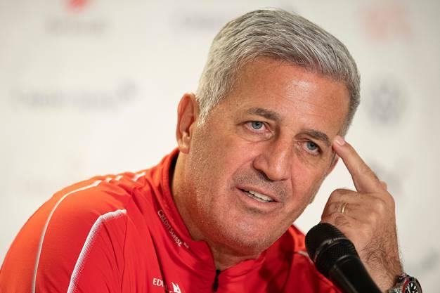 «Ich werde seit fünfeinhalb Jahren in Frage gestellt.» Der Schweizer Nationaltrainer Vladimir Petkovic vor dem kapitalen Spiel gegen Irland.