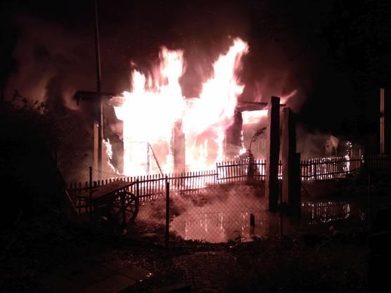 Villmergen AG, 25. Februar: Das Restaurant «Mi Casa Loca» ging aus noch unbekannten Gründen in Flammen auf. Verletzte gab es keine.