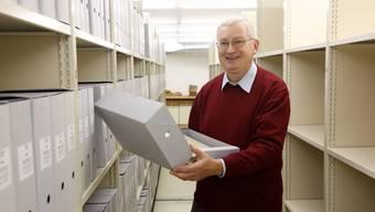 Ist auf Ordnung bedacht: Staatsarchivar Andreas Fankhauser findet trotz 9000 Laufmeter Papier meist das richtige Blatt.