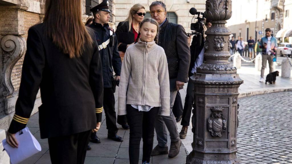 Die schwedische Schülerin und Klimaschutzaktivistin Greta Thunberg hat am Donnerstag den Senat in Rom besucht.