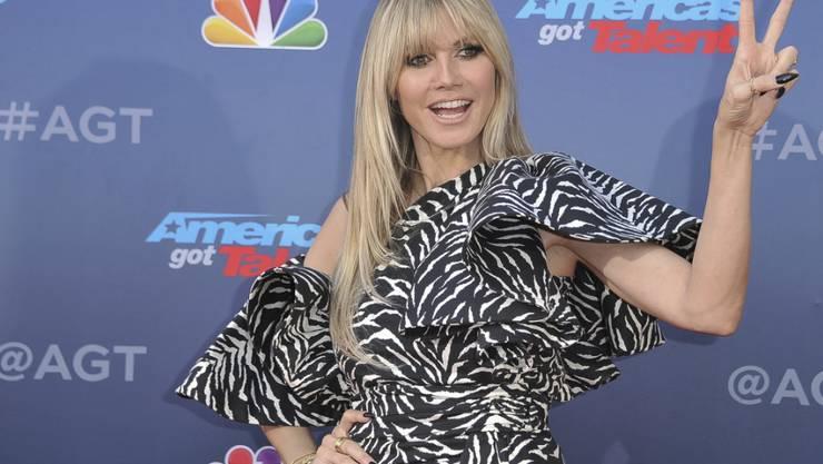 """Heidi Klum konnte in dieser Staffel nur von Los Angeles aus an der Auswahl des """"Germany's Next Topmodel"""" teilnehmen. Das Coronavirus verhinderte ihre rechtzeitige Rückkehr nach Deutschland. (Archivbild)"""