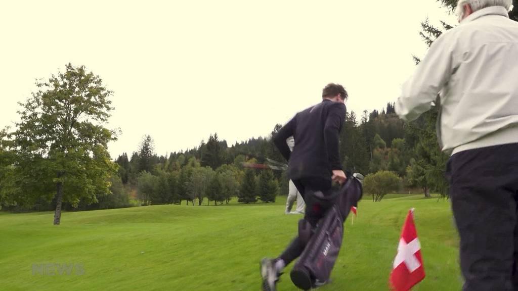 Speed-Golf-Turnier: Schwitzen beim Golfen