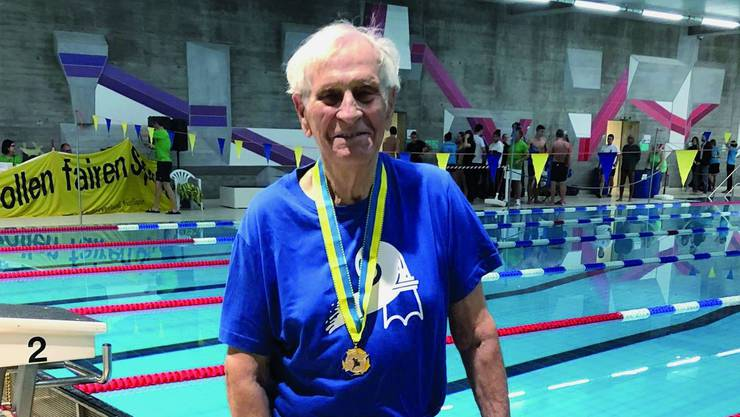 «Das ist vielleicht ein bisschen wie eine Seuche», sagt Werner Keller über seine grosse Schwimm-Leidenschaft.