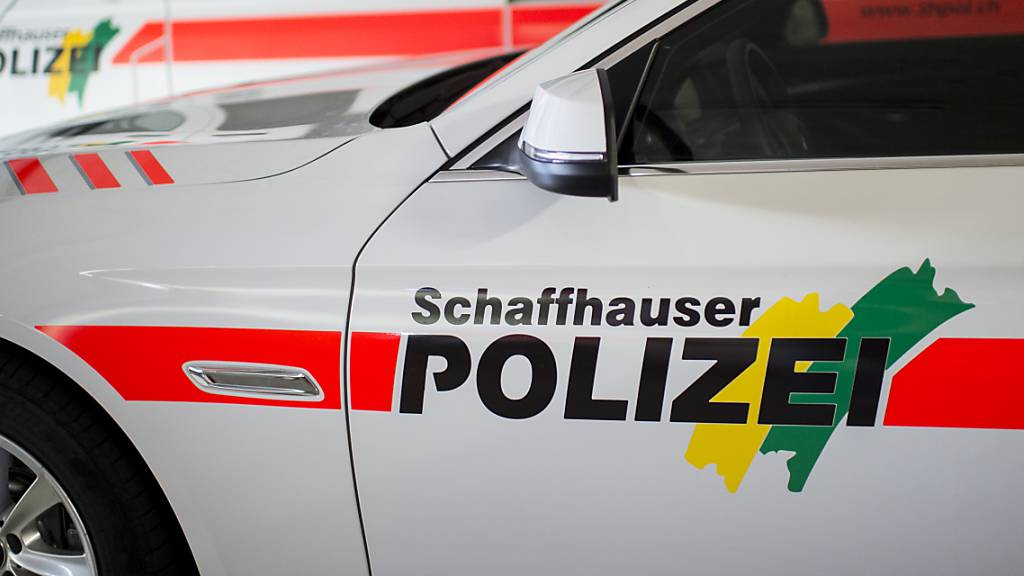 Auto kollidiert in Neuhausen frontal mit Motorroller