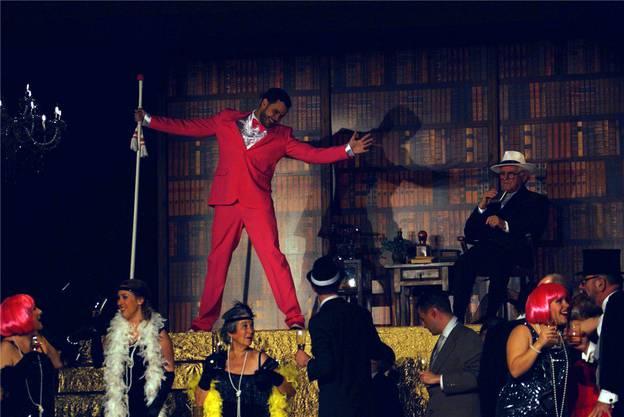 Wilde Party auf dem Anwesen von Jay Gatsby.