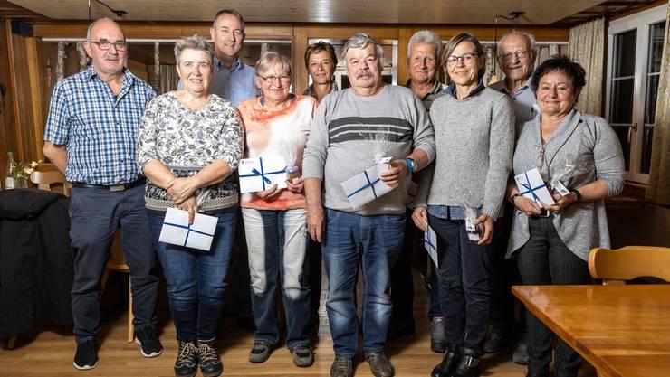 Von links: Franz Furrer, Rudolf Rufer, Lisbeth Wilmes, Monika Spuler, Ramona Steger, Kurt Koch (Gewinner), Hans Steger, Pia Stirnemann, Paul Boegli und Anne Renggli.