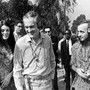 Timothy Leary propagierte den freien Zugang zu «psychedelischen» Drogen wie LSD – hier mit seiner Frau Rosemary an einem Hippie-Treffen im kalifornischen Long Beach.