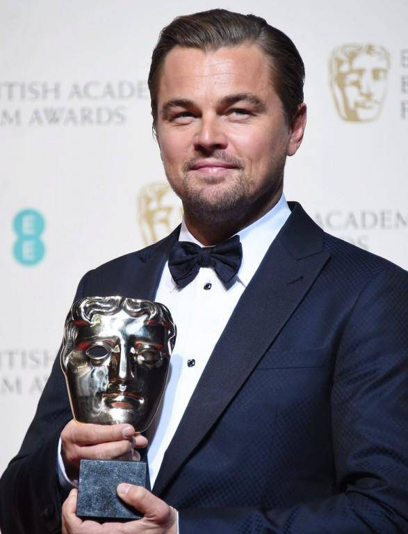 Leonardo DiCaprio mit seinem Award