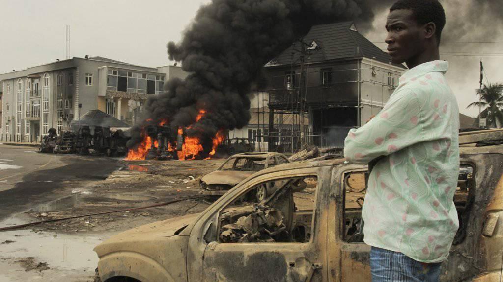 Bild einer Explosion eines Tanklastwagens in Nigeria (Archiv)