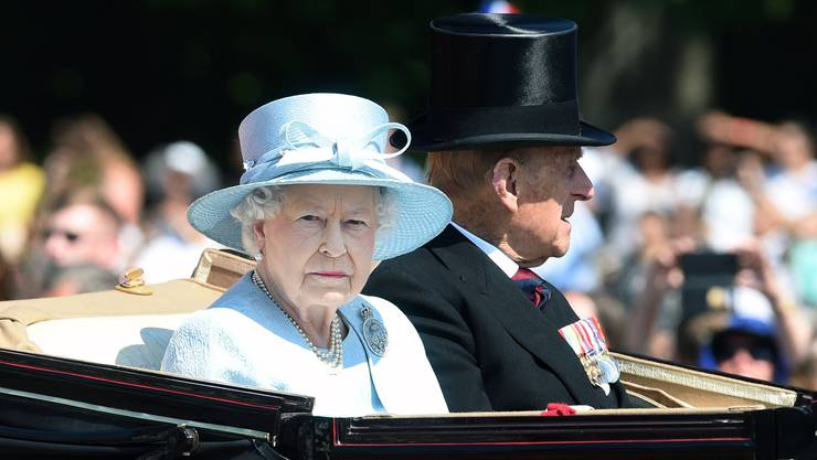 Die Queen mit ihrem Ehemann Prinz Philipp anlässlich der Parade zu ihrem 91. Geburtstag.