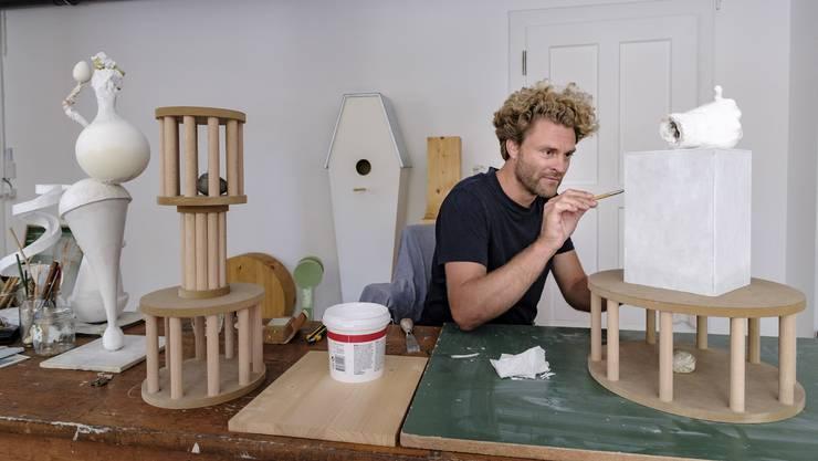 «Ich habe gelernt, schnell anzukommen»: Zeichner und Konzeptkünstler Florian Graf in seinem neuen Atelier.