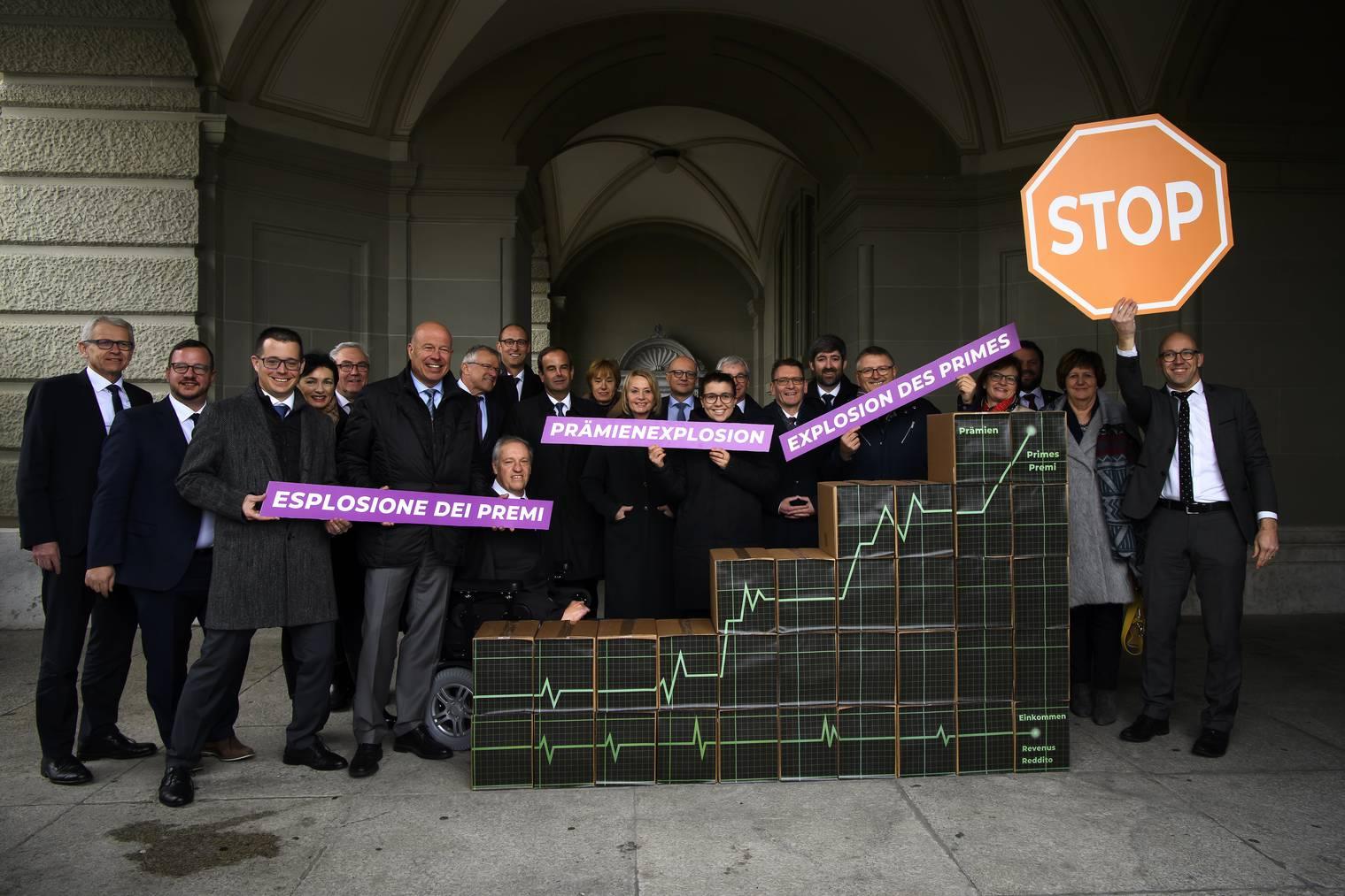 Die CVP reichte ihre Initiative am Dienstag in Bern ein.