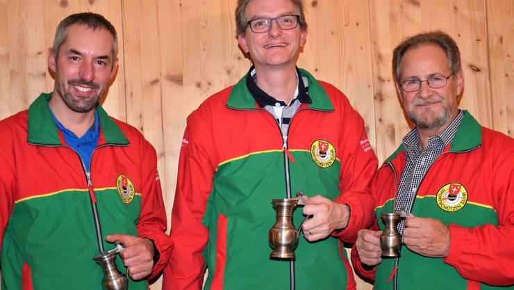 von links nach rechts : 2. Rang Marcel Zogg  / 1. Rang und Jahresmeister Roland Brand / 3. Rang Peter Fasler