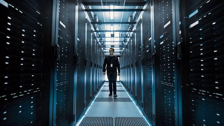 Cloud-Anbieter Amazon Web Services lagert Schweizer Kundendaten in riesigen Datenspeichern im Ausland.