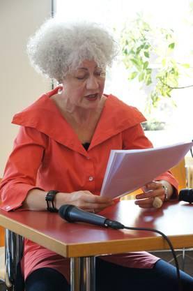 Barbara Kopp, Schriftstellerin, Journalistin und Historikerin, schrieb die viel beachtete Biografie der Grande dame des Journalismus 'Laure Wyss'.