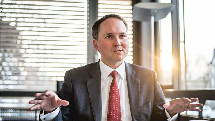 Ypsomed-CEO Simon Michel hält am Standort Solothurn fest.
