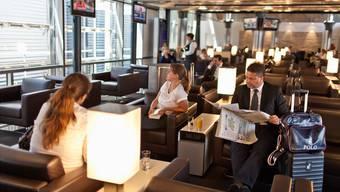 Der Anschlussflug geht in ein paar Stunden? Lounges sind nicht den Business-Fliegenden vorbehalten.