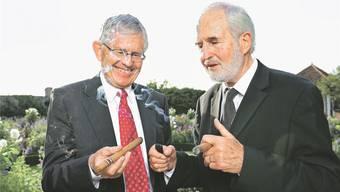 Beim Rauchen: Zigarrenbaron Heinrich Villiger (rechts) und Bruder Kaspar, VR-Präsident der UBS.