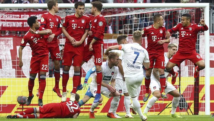 Am vergangenen Mittwoch hat der FC Bayern gegen den Zweitligisten Heidenheim nur ein 5:4 erreicht. Keine einfache Situation für die Spieler.