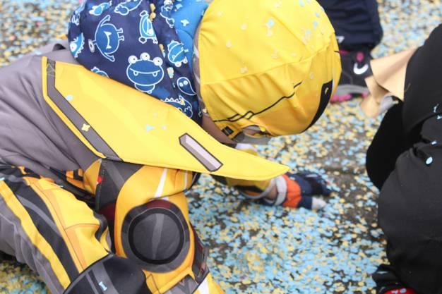 Konfetti sind an der Fasnacht für Kinder ein gefragter Recycling-Artikel – man kann sie mehrmals verwenden.